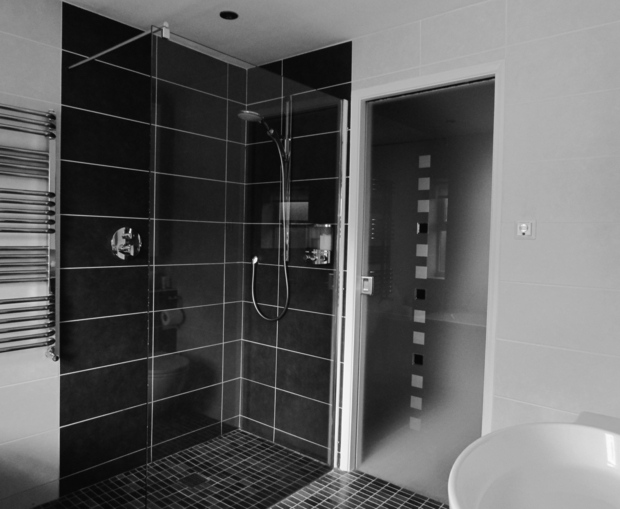 Installation d 39 une douche l 39 italienne paris 6 r nov 39 btp for Douche italienne photo